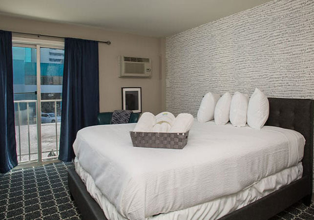 guest suite with one queen bed